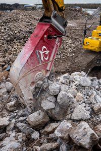 Labounty MHP350_B concrete pulverizer processor attachment for excavator