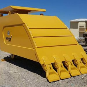 Yellow compactor bucket Felco hydraulic attachment