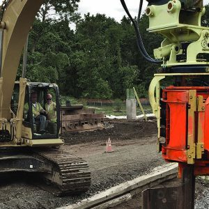 Side Pile driver vibrating attachment - manitoba provider