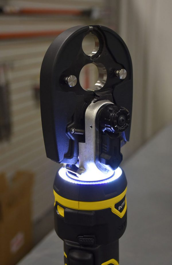 Stanley Battery Powered Crimper closed head illuminated