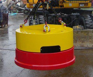 moly hydraulic magnets for demolition and steel recycling