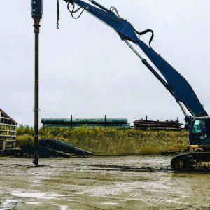 Pengo RV 300 auger drive pile drilling setting equipment